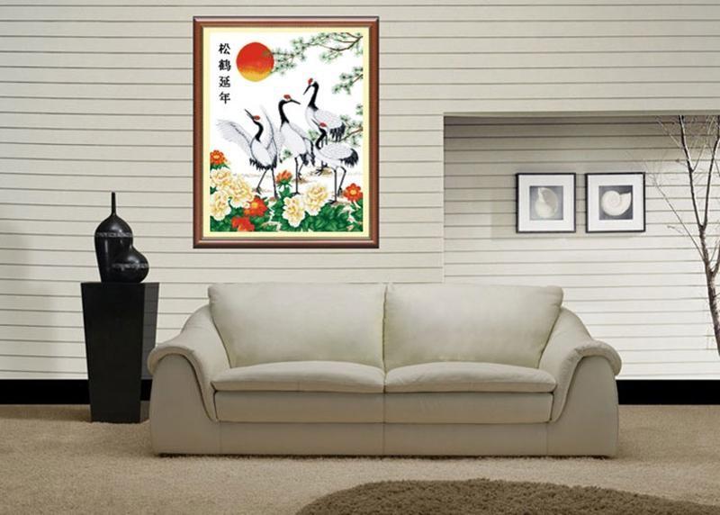 Tranh tùng hạc diên niên mang ý nghĩa trường thọ lâu bền - Nguồn ảnh: dealf8.com