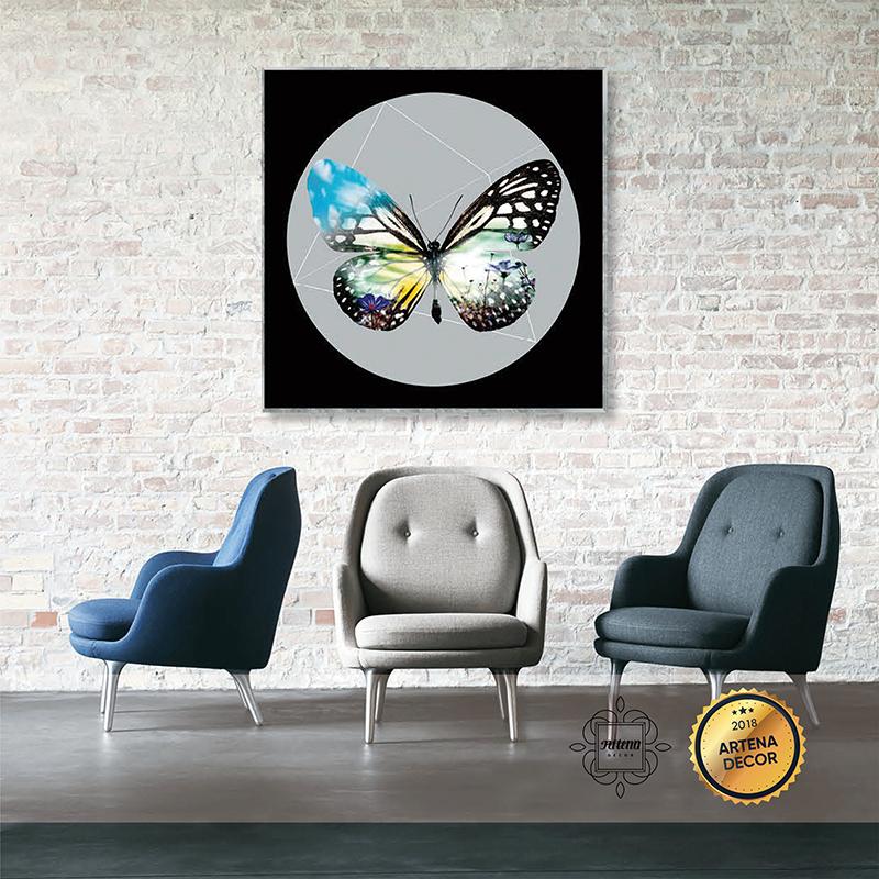 Hình ảnh cánh bướm kết hợp cùng khung cảnh hoa cỏ mùa xuân, vừa ảo vừa thật