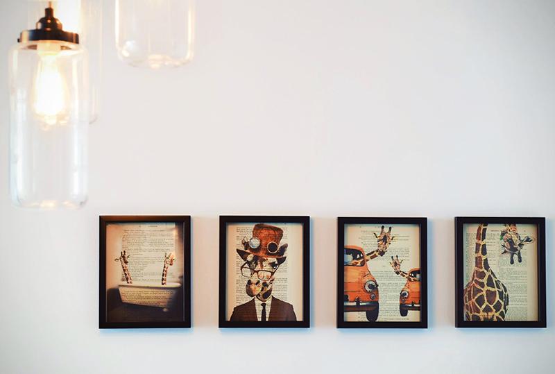 Những bức tranh có màu sắc sặc sỡ, hình thù vằn vện như thế này sẽ không phù hợp với không gian pastel - Nguồn: pexels.com