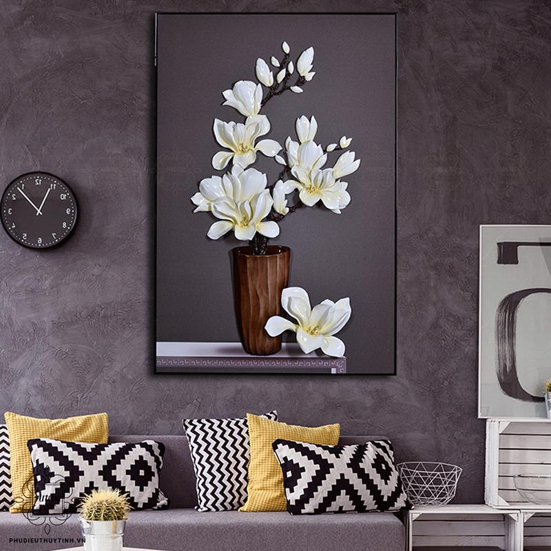 Người mệnh Mộc thích hợp treo tranh treo tường ngọc lan trong nhà