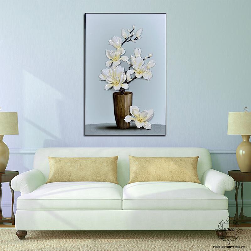 Nét đẹp sang trọng, quý phái của Ngọc Lan Uyển Nữ thích hợp cho cả không gian cổ điển và hiện đại