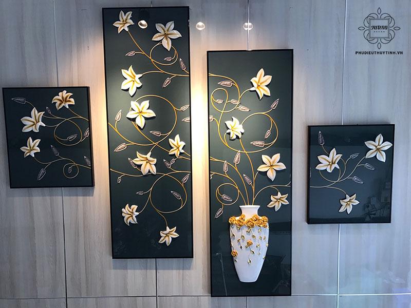 Tranh phù điêu không chỉ được dùng để trang trí nội thất mà còn có thể trang trí ngoại thất