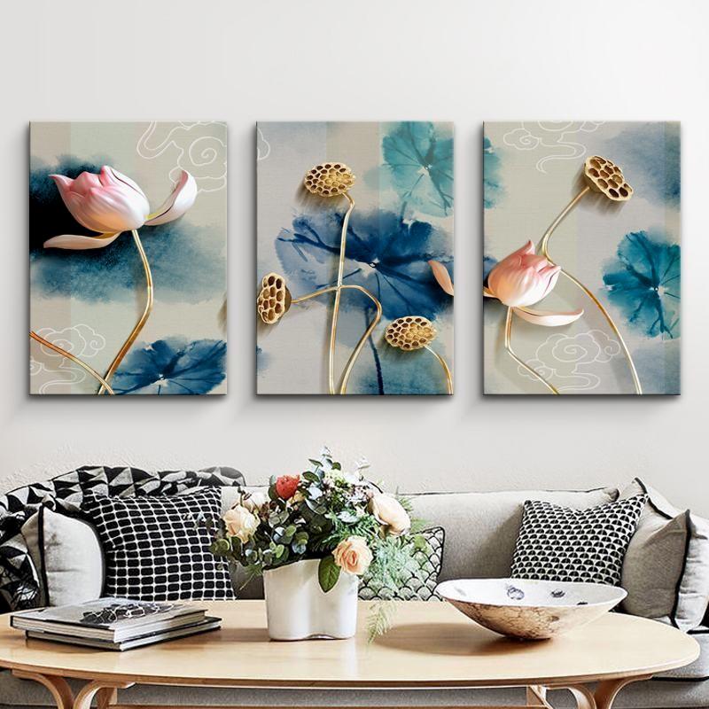 Tranh treo tường hoa sen giúp mang đến sự bình yên cho gia chủ