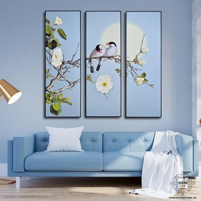 Bức tranh với đôi chim uyên ương và sắc xanh ngọt ngào mang đến niềm hy vọng về tình yêu