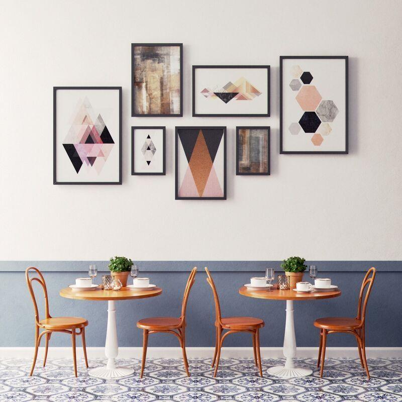 Tranh tối giản là xu hướng trang trí của nhiều quán cafe hiện nay
